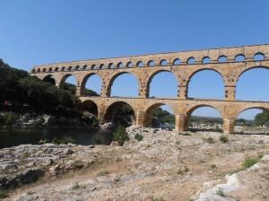 Le Pont du Gard in haar totaliteit