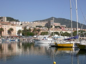 De haven van Ajaccio