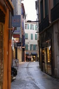 Een straatje in de historische binnenstad van Perpignan