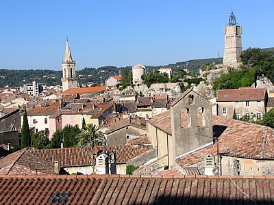 Draguignan zonnig zuid frankrijk for Piscine de draguignan