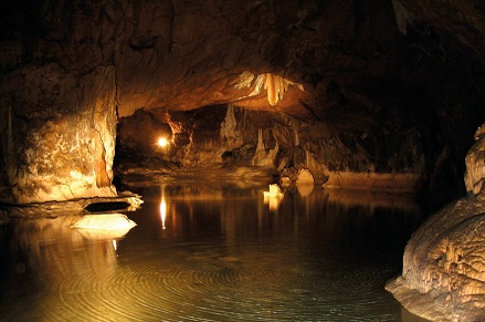 de grot van Lombrives