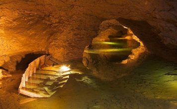 Grottes de la Balme
