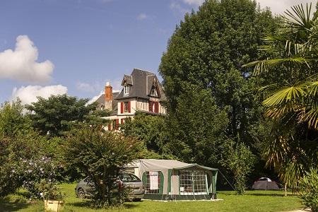 Camping Huttopia Beaulieu sur Dordogne