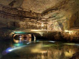 Grottes de Bèze
