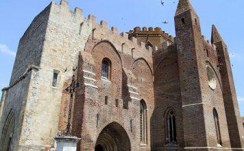 Versterkte kerk van Simorre